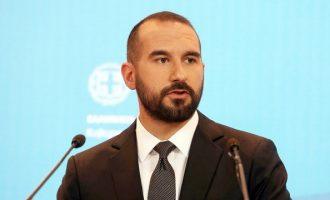 Tζανακόπουλος: Aξιοθρήνητος ο Σαμαράς να πείσει ότι όλοι είναι ίδιοι με εκείνον