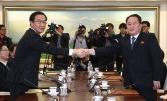 """Βόρεια και Νότια Κορέα """"κλείδωσαν"""" ημερομηνία για την πρώτη σύνοδο κορυφής"""