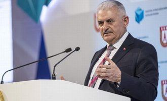 Ο Μπιναλί Γιλντιρίμ επανέλαβε την πρόθεση της Τουρκίας να καταλάβει όλη τη βόρεια Συρία