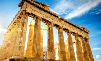 Financial Times: Ο λόρδος Μπάιρον είχε δίκιο ότι τα γλυπτά του Παρθενώνα ανήκουν στην Αθήνα