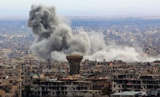 Συριακά αεροπλάνα βομβάρδισαν τη Ντούμα στην Αν. Γούτα που παραμένει υπό την Τζαΐς Αλ Ισλάμ