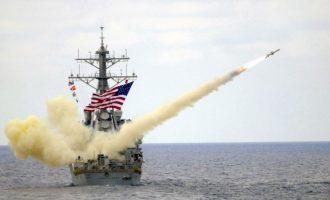Ο Λευκός Οίκος αφήνει ανοιχτό το ενδεχόμενο πυραυλικής επίθεσης στο καθεστώς της Δαμασκού