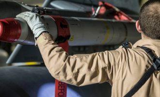 Γαλλία: Οι αεροπορικές επιδρομές αποδυνάμωσαν τις δυνατότητες παραγωγής χημικών από τον Άσαντ
