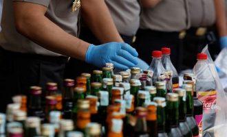 """Σχεδόν 100 νεκροί από αλκοόλ """"δηλητήριο"""" στην Ινδονησία"""
