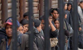 """Ο Τραμπ επιστρατεύει την Εθνοφρουρά στη """"μάχη"""" για την παράνομη μετανάστευση"""