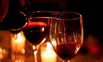 Ένα ποτήρι κρασί κόβει μήνες ζωής – Τι έδειξε έρευνα