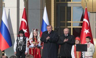 Πυρηνικοί «συνεταίροι» Πούτιν – Ερντογάν: Το εργοστάσιο στο Άκουγιου θα λειτουργεί το 2023