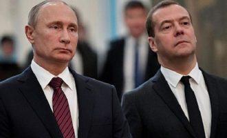 Οι Ρώσοι αποθεώνουν Πούτιν και αποδοκιμάζουν Μεντβέντεφ – Τι έδειξε δημοσκόπηση