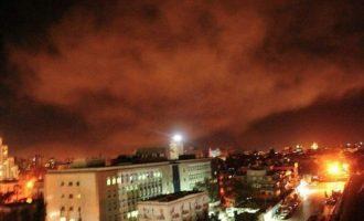 Ο πρεσβευτής της Ρωσίας στην Ουάσιγκτον προειδοποίησε με «συνέπειες» μετά την επίθεση στη Συρία