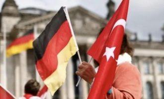 8.500 Τούρκοι ζήτησαν άσυλο στη Γερμανία – Οι 288 έχουν διπλωματικά διαβατήρια