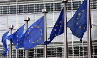 Κομισιόν: «Αυστηρά διμερές» το ζήτημα μεταξύ Ελλάδας και Ρωσίας