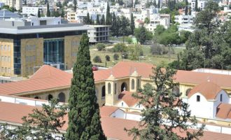 Hellas Journal: Εκτεθειμένη η Εκκλησία της Κύπρου για το οικόπεδο της Ελληνικής Πρεσβείας