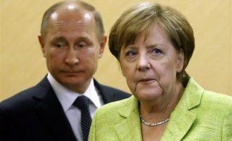 Η Μέρκελ στη Μόσχα για να συζητήσει με τον Πούτιν για Λιβύη και Ιράν