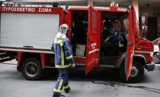 Επίθεση με γκαζάκια και μολότοφ στα γραφεία της ΔΕΗ στην Πάτρα