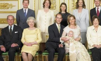 Ο πρώτος ομοφυλοφιλικός γάμος στην ιστορία της βασιλικής οικογένειας (φωτο)