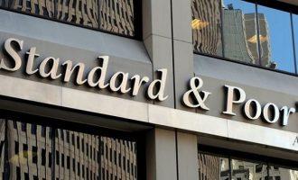 Ύφεση 9% το 2020 βλέπει για την Ελλάδα ο Standard & Poor's