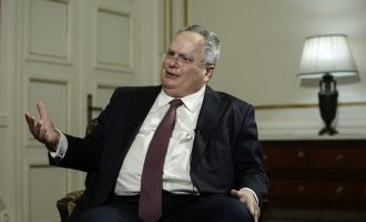 Ο Νίκος Κοτζιάς εξηγεί τη συμφωνία με τα Σκόπια – Μάθετε όλη την αλήθεια (βίντεο)