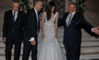Ο Καραμανλής πάντρεψε τον δήμαρχο Γλυφάδας Γιώργο Παπανικολάου (φωτο)