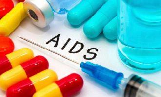 36χρονος απαλλάχθηκε τελείως από τον ιό HIV του AIDS χάρη σε ένα πειραματικό κοκτέιλ φαρμάκων