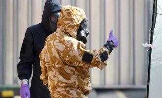 Σοκάρουν οι αποκαλύψεις για το Νόβιτσοκ – Πώς δηλητηριάστηκαν οι δύο Βρετανοί