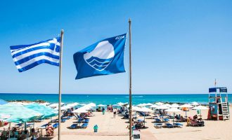 Δεύτερη στον κόσμο η Ελλάδα σε «Γαλάζιες Σημαίες»
