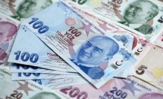 Στην άβυσσο η τουρκική λίρα: 1 δολάριο αντιστοιχεί σε 8,1280 τουρκικές λίρες