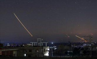 Η Συρία αναφέρει ότι απέκρουσε πυραυλικές επιθέσεις του Ισραήλ στα νοτιοδυτικά