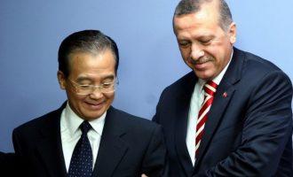 Η Κίνα σπάει τη σιωπή της και «βάζει πλάτη» σε Τουρκία – Θα ξεπεράσετε τις προσωρινές δυσκολίες