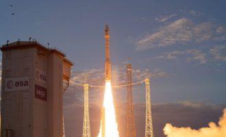 Οι Ευρωπαίοι έστειλαν τον «Αίολο» στο διάστημα – Κόστισε 300 εκ., χρειάστηκε 15 χρόνια και θα καεί σε 4 χρόνια