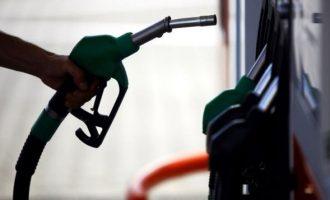 Πακιστανός τα βάζει με ένοπλους ληστές σε βενζινάδικο