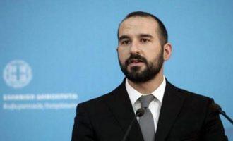 Προϋπολογισμός με όλα τα θετικά μέτρα της ΔΕΘ και χωρίς… συντάξεις – Καταρρέει η ΝΔ