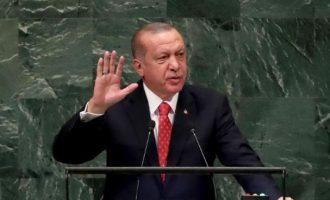 Ο Ερντογάν βγήκε παραπονούμενος για το «ξύλο» που του ρίχνουν οι ΗΠΑ με τις κυρώσεις