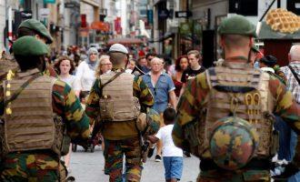Πανικός στις Βρυξέλλες: Δύο τραυματίες από πυροβολισμούς στο κέντρο της πόλης