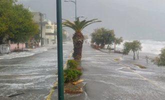 Ο κυκλώνας δεν προκάλεσε μεγάλες ζημιές στην Καλαμάτα (βίντεο)