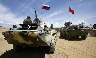Ρωσία και Κίνα θα πραγματοποιούν κοινά στρατιωτικά γυμνάσια