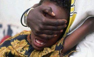 Δύο ανήλικες αδελφές πέθαναν από αιμορραγία μετά από κλειτοριδεκτομή
