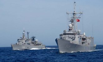 Η Τουρκία δεσμεύει με NAVTEX περιοχή στην «καρδιά» του Αιγαίου