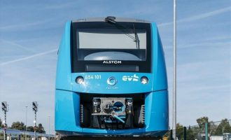 Σε λειτουργία το πρώτο τρένο που κινείται με υδρογόνο