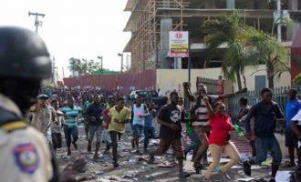 Μαζικές διαδηλώσεις εναντίον της διαφθοράς στην Αϊτή – Ένας νεκρός, δεκάδες τραυματίες