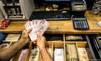 Φόβοι για ντόμινο πτωχεύσεων στην Τουρκία – Χιλιάδες στην ουρά για διακανονισμούς χρεών