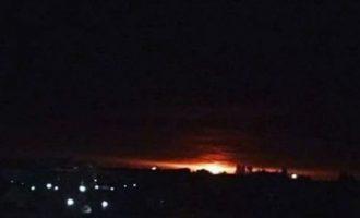 Εκρήξεις σε αποθήκη πυρομαχικών στην Ουκρανία – Απομακρύνουν 10.000 κατοίκους (βίντεο)