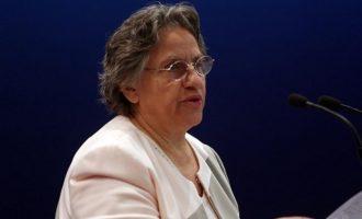 Η Ξένη Δημητρίου εξέθεσε Αγγελή και Ράικου για τη Novartis