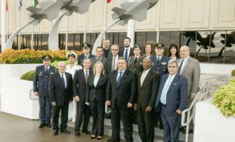 Στη Lockheed Martin ξεναγήθηκε ο Πάνος Καμμένος