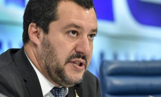 Ο Σαλβίνι έτοιμος να διώξει τους μετανάστες από την Ιταλία – Αρχή από το Ριάτσε