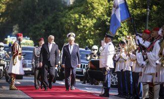 Αυστηρό μήνυμα Παυλόπουλου σε Τουρκία και Σκόπια – Καρφί για ευθύνες της Γερμανίας για την κρίση