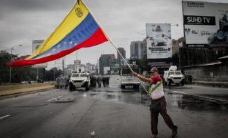 Στο 1.370.000% ο πληθωρισμός της Βενεζουέλας μέχρι το τέλος του 2018