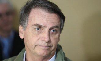 Δημοσκόπηση: Eμπιστεύονται τον Μπολσονάρου ενώ ο κορωνοϊός θερίζει στη Βραζιλία