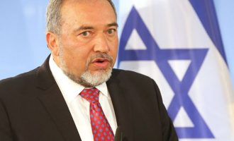 Πολιτική κρίση στο Ισραήλ – Παραιτήθηκε από υπ. Άμυνας ο Άβιγκντορ Λίμπερμαν ζητώντας έκτακτες εκλογές
