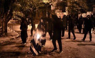 19 συλλήψεις για τα επεισόδια στο Πολυτεχνείο και στα Εξάρχεια