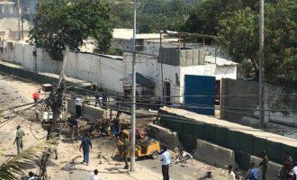39 νεκροί από επίθεση αυτοκτονίας της Αλ Κάιντα στο Μογκαντίσου